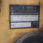 1 Koparko – ładowarka Caterpilar 424D, rok prod. 2004 - TABLICA ZNAMIONOWA (Kopiowanie)